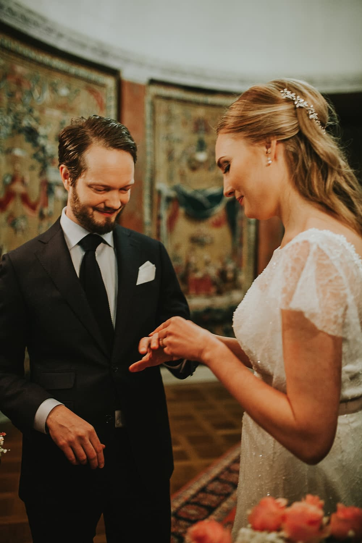 mariage civil exchange des anneaux