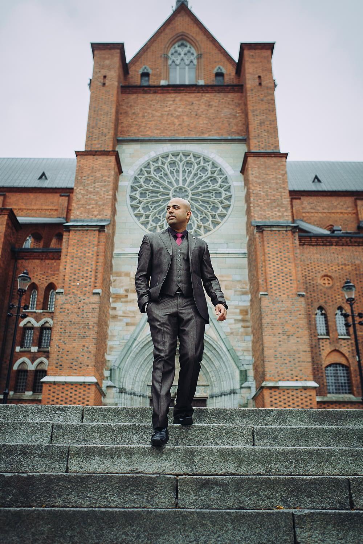 seance photo mode homme qui descendre les escaliers