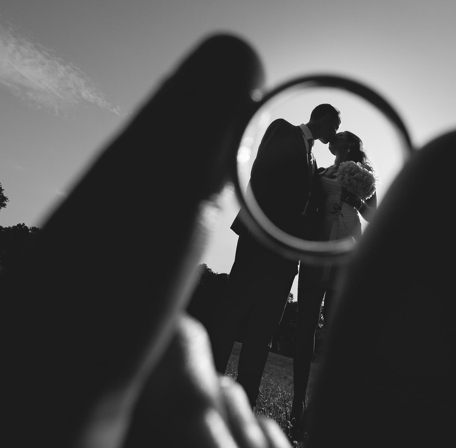 photographie originale des maries dedans l´ alliance