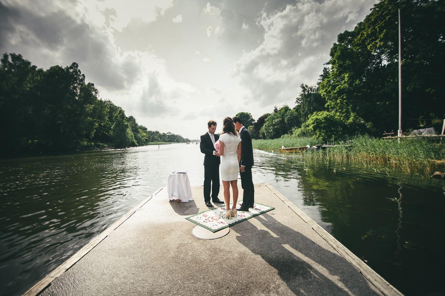 seance photo mariage en bord du mer