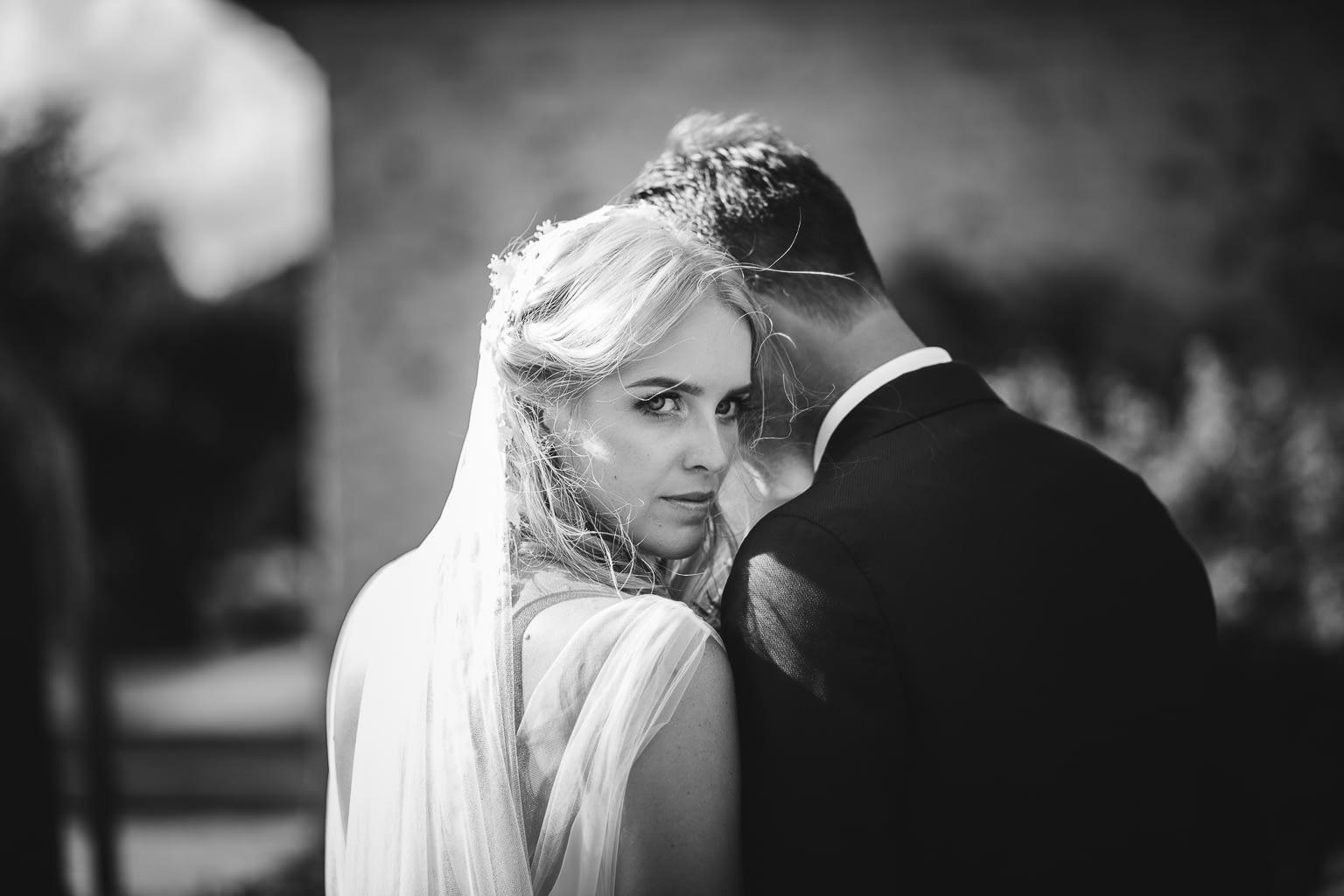 seance photo mariage blanc et noire