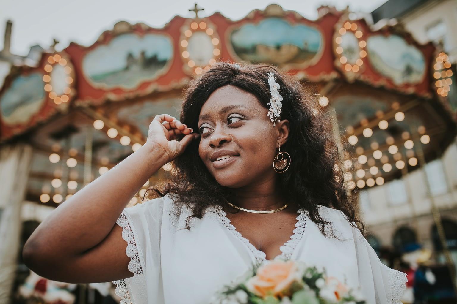 photo de portrait de mariee sur la place de la mairie a rennes-cristina-ramos-photography