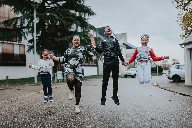 séance photo événement familial lifestyle famille rennes centre ville 50